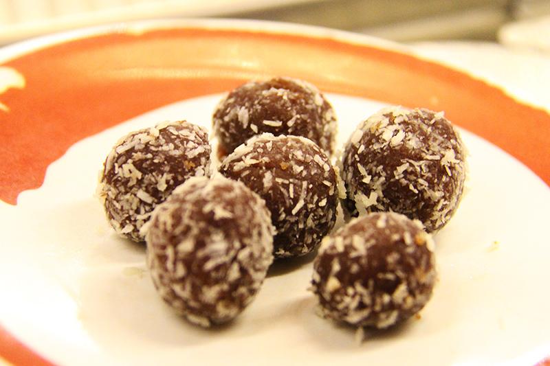 Schoko-Kokosbällchen